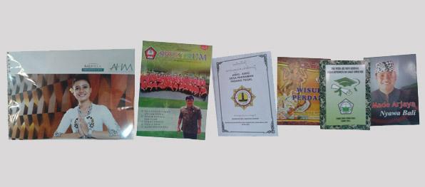 Buku Wisuda, Profile & Majalah